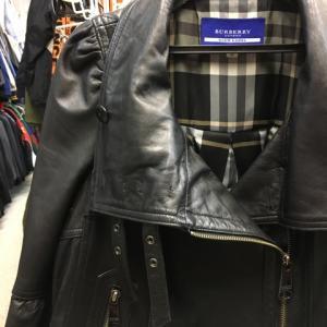 BURBERRY バーバリー ブルーレーベル レザーコート ライダースジャケット 羊革 黒 38