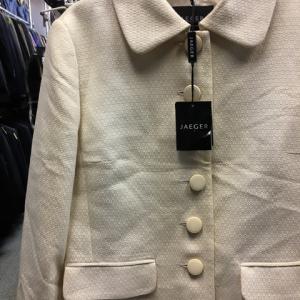 未使用 イエーガー JAEGER スーツ ジャケット スカート 長袖 光沢 クリーム 8 日本製
