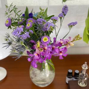 お花とアロマでマイフェイバリットコーナーを作る