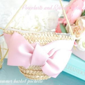 ピンク好きさんへ♡夏はかごポシェットでお出かけしよう