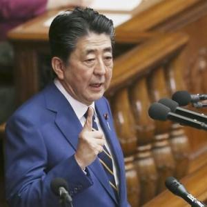安倍首相、国会で「台湾」に言及 議員から大きな拍手
