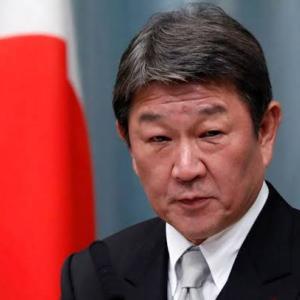 茂木外相が記者会見「渡航中止勧告」中国感染症危険情報をレベル3に引き上げると発表