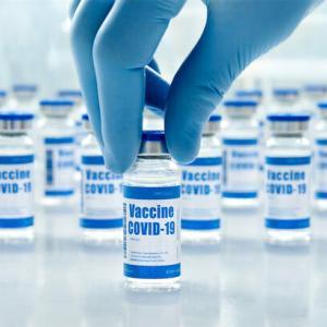 ファイザー接種後554人死亡…厚労省検討会「因果関係は否定できない」初の報告