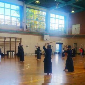 令和2年10月18日(日)市川市大野剣友会 気合が合気でコダマする!
