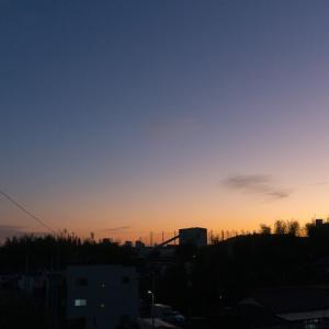 朝ジョグ:工業団地周回(11/7 5.7km 27min)