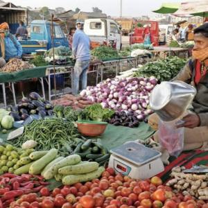 インドの4月度卸売物価指数(WPI)インフレ率が過去最高の10.49%へ上昇