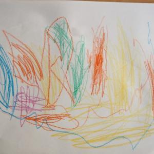3才お絵描きとぬいぐるみ。