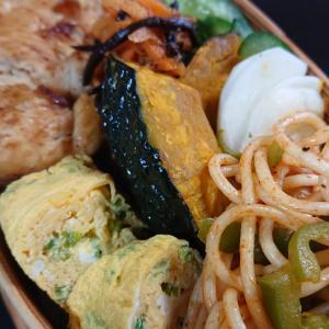 鶏胸肉ステーキ丼弁当
