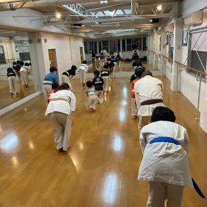 松崎町ダンススタジオ空手教室 緊急事態宣言延長の為