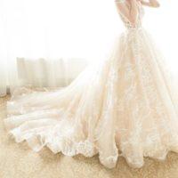 ショートウェディンググローブと花嫁がグローブを付ける意味