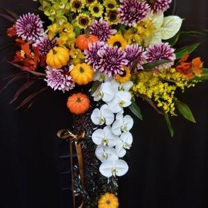 ハロウィンのスタンド花 沖縄県の花屋アレンジマニア