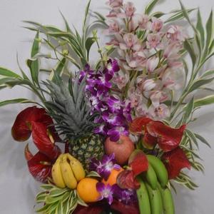 沖縄県で開店祝いや周年祝のデザインアレンジの配達