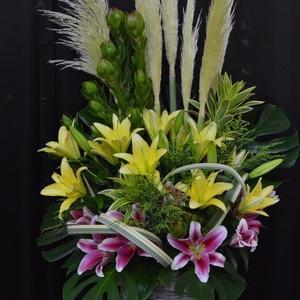 沖縄で定期納品のお花