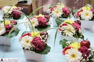 沖縄県で定期納品のお花の配達。花屋アレンジマニア。