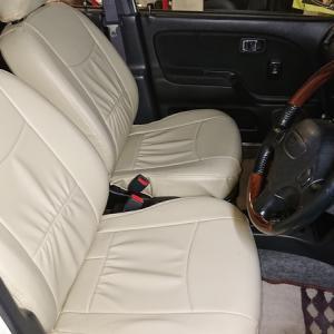 ジーノターボのシートと内張りの移植作業