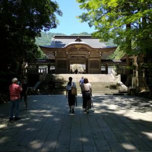 弥彦神社(新潟県弥彦村)