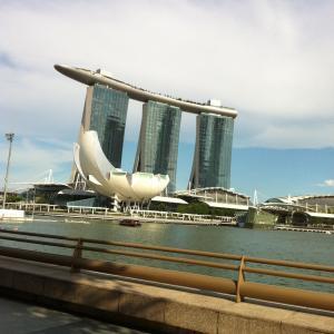 シンガポールのジブおじさん Ghib Ojisan in Singapore