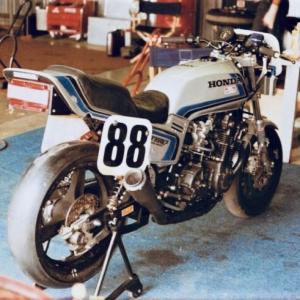 #88 Roberto Pietri CB900F 1982