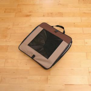 ペットとの旅行&帰省に、折りたたみケージが便利!収納が簡単&機能的!