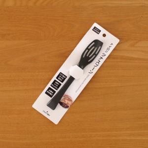 100均【セリア】キッチン便利グッズ!ツナスプーンで、缶開け&オイル切りが簡単!