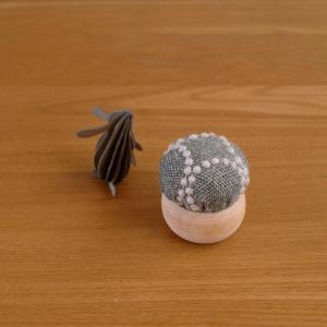 【セリア】簡単ハンドメイド材料がすごい!手作りピンクッションが完成!