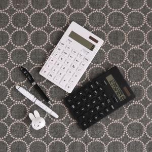 100均【キャンドゥ】モノトーン電卓!無印風シンプルデザイン&使いやすさが魅力的!