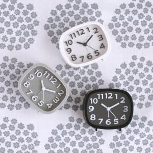 100均ダイソー大人気ロングセラーの時計!機能的&おしゃれなモノトーンカラー!