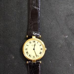 時計の特殊なベルト交換~電池交換&オーバーホール‼️