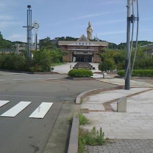 JR西日本北陸線加賀温泉駅前