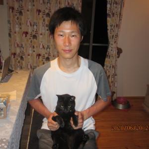 民泊 五回目の宿泊、猫好きの青年