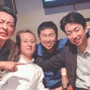 ブログ仲間と東広島で〜コートの色褪せの修正。