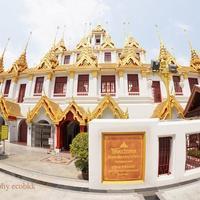 バンコク観光~MRTサムヨット駅からの寺院・カフェ巡り