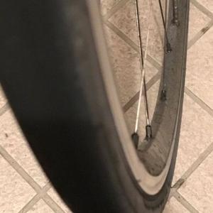 ロードバイク 高いタイヤを使ってみると