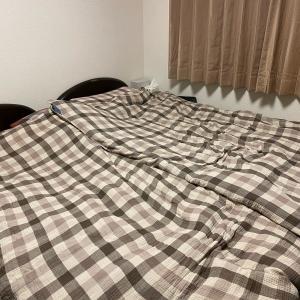 リバーシブルの敷きパッドで寝具の衣替え