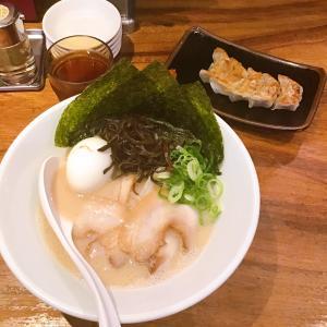 本場・博多で「一風堂 白丸元味」とハーフ餃子!!