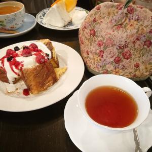 ベリーのフレンチトースト〜紅茶も美味しい(^-^)〜