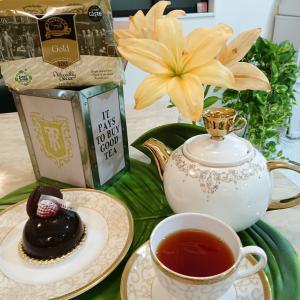 リントンズさんの限定缶の紅茶でティータイム(^-^)