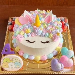 超大盛り☆なんとも豪華なユニコーンケーキ
