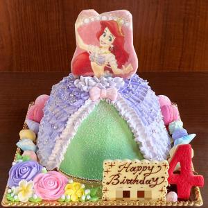 アリエルのドールケーキ(ドレスケーキ)。