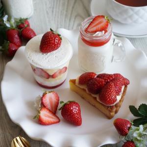 Strawberry Tea time ❤️ SABO cafe