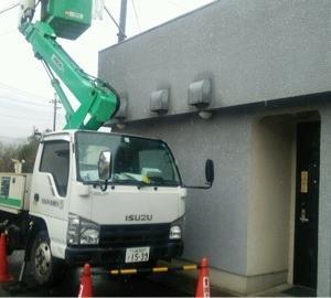 松江の目の前で電話工事中