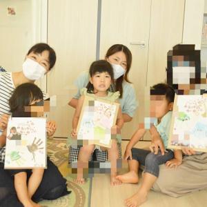 敬老の日イベント♡1日目 手形アートで成長をカタチにして。越谷ベビーマッサージ教室