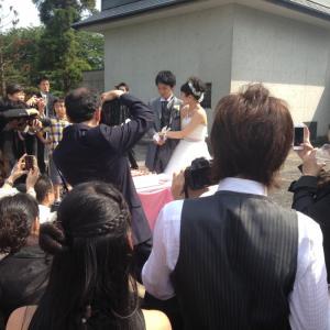 @Pastoramano: ブログを更新しました。 「結婚式」→http://t.co/gasOEArvMN