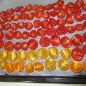 セミドライトマトを作りました!