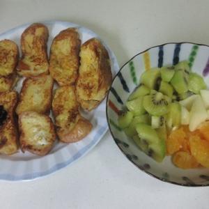 フランスパンでフレンチトースト!とお家ランチ!鶏だしで温冷麦!