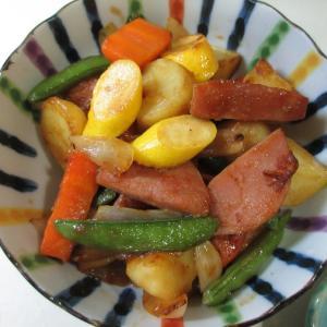 晩ご飯の一品!カラフル野菜炒め!