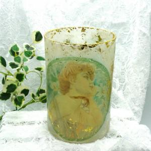 ミュシャの花瓶
