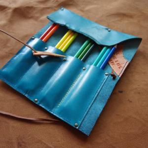 Roll pencase
