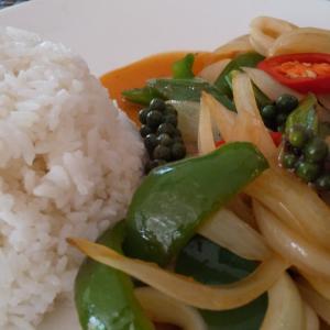 カンボジア料理のお勧めって何?