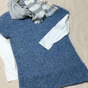 母の遺品の毛糸で編んだプルオーバー